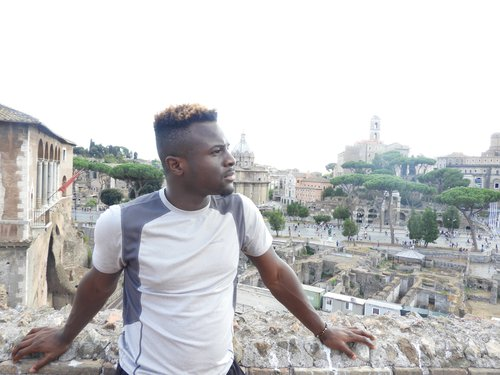 Ewan Johnson Student Story Rome