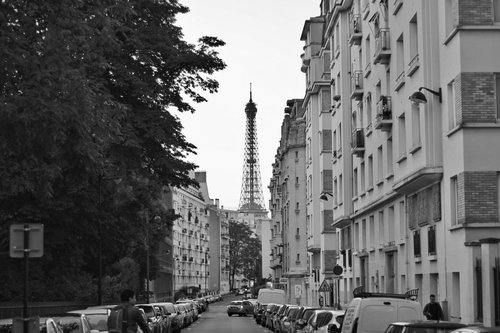 Impressions_Of_Paris_Photo1